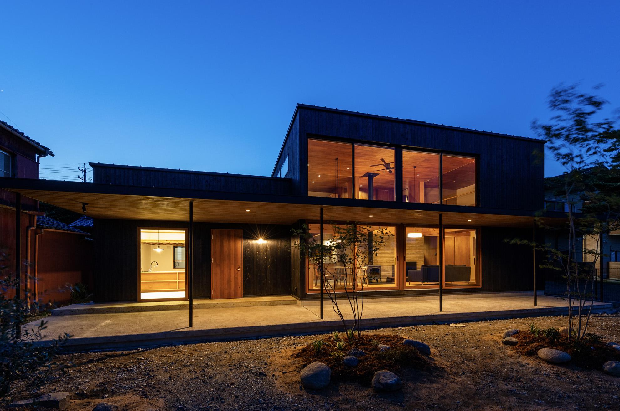 LIVEIN HOME|スライダー2