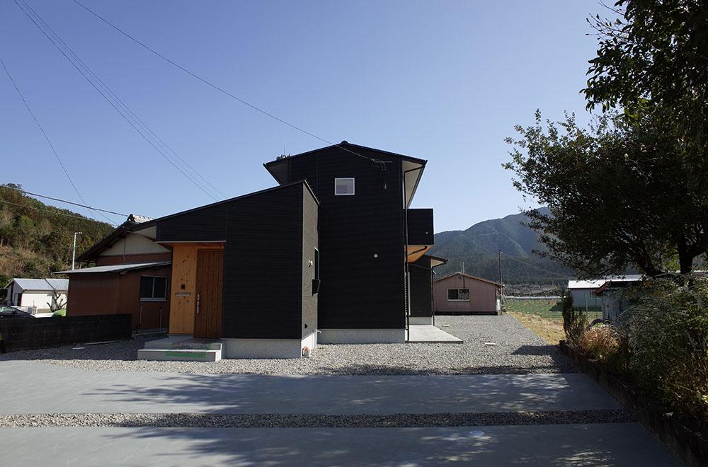 海山の住宅
